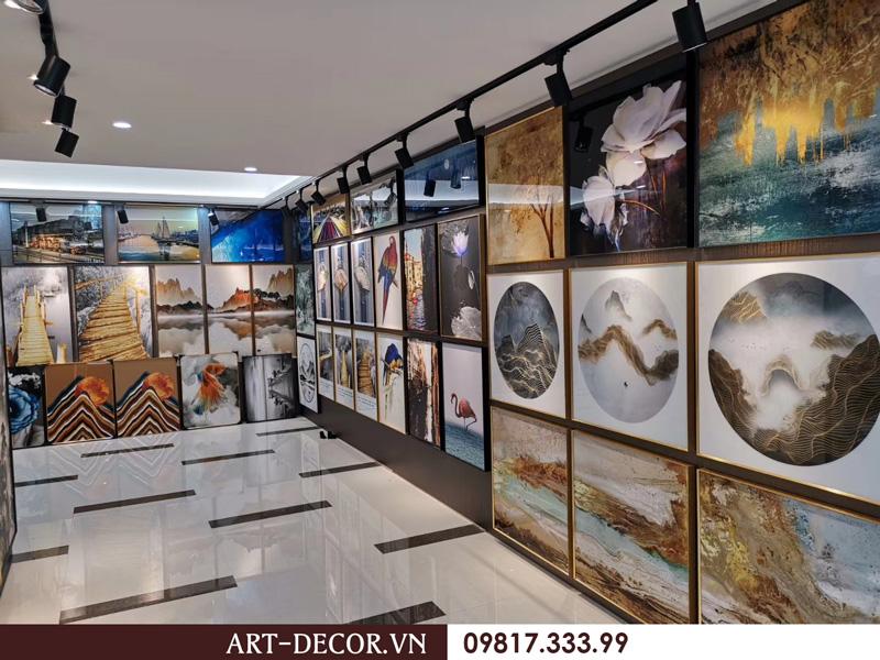 showroom trung bay tranh trang guong 2 1  - Tranh tráng gương-Album hình ảnh thực tế lắp đặt cho khách hàng PART 1